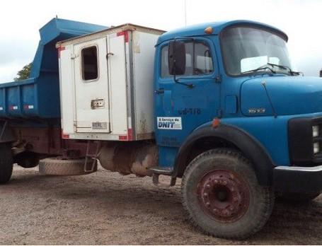 Caminhão Báscula